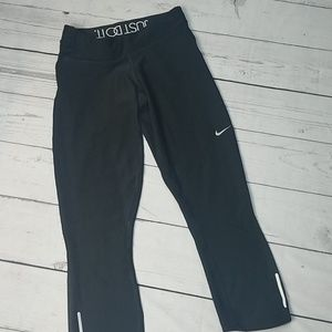 NiKe capris black leggings just do it
